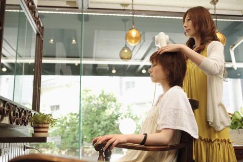salon-conversation2