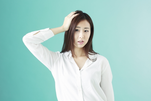 顔筋トレのやりすぎとほうれい線の悪化