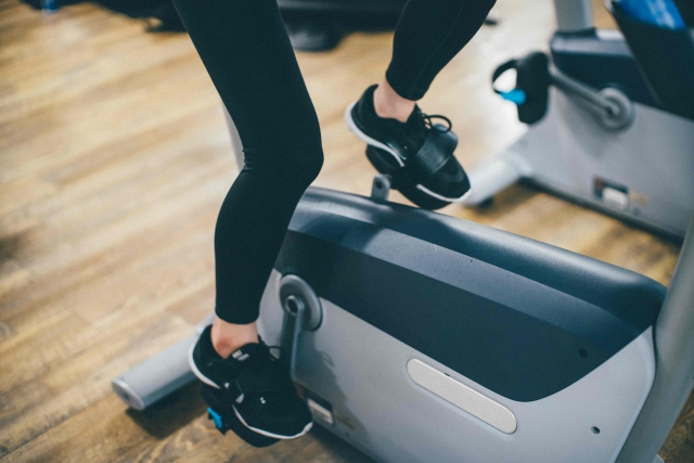 エアロバイクとランニングどっちが痩せる